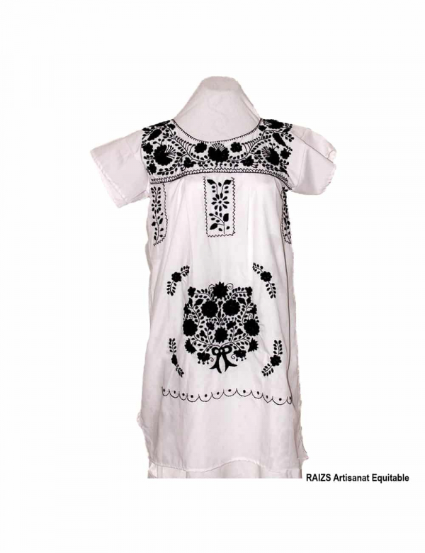 Robe traditionnelle mexicaine brodée