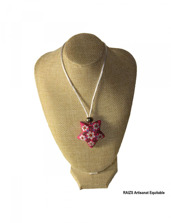 Necklace painted with pink star wood